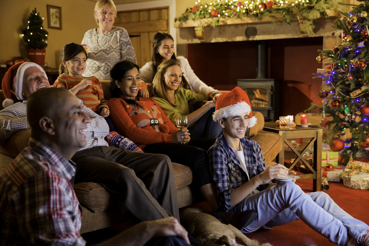 Samsung Frame TV: A Holiday Treat for the Entire Family